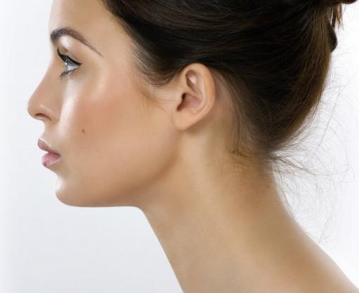 Øreplastikk - korreksjon (operasjon) av utstående ører